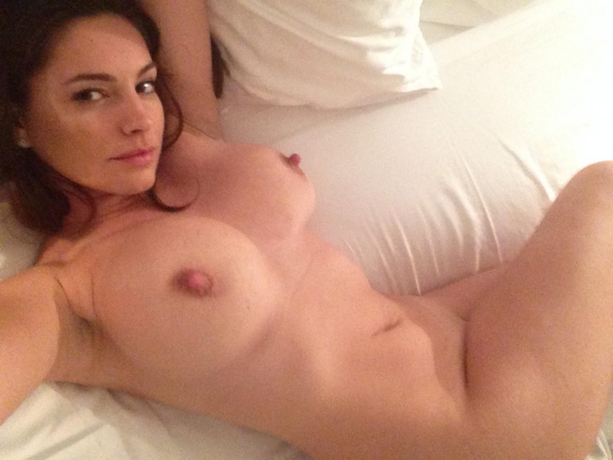 Hot blound naked girls