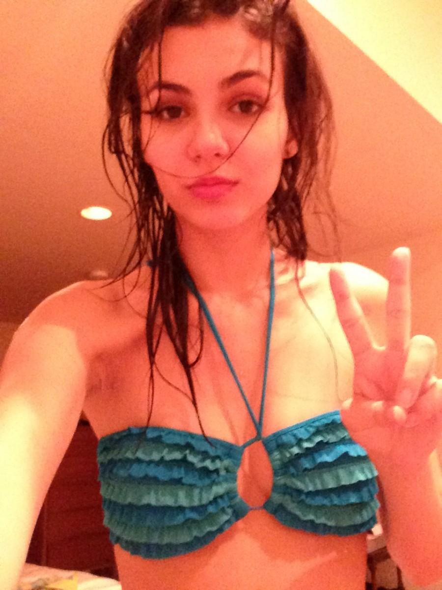 Latina lingerie models nude