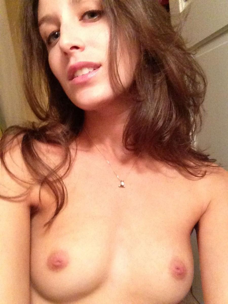 Kimberly van der laan,Iggy azalea fappening sexy Sex pic Laurence ferrari,Lily james madame figaro photoshoot 2019