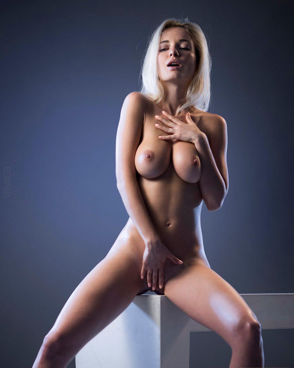 Angelica Andreeva  nackt