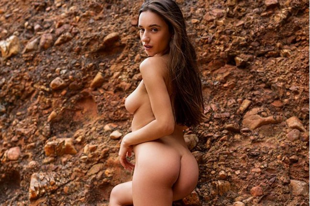 Hooters girls nude sexy hot